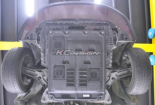 Suzuki SX4 安裝 KCDesign 下護板_06.jpg
