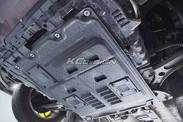 Suzuki SX4 安裝 KCDesign 下護板_09.jpg