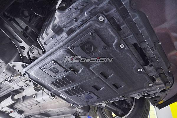 Suzuki SX4 安裝 KCDesign 下護板_10.jpg