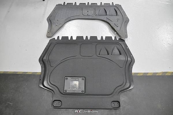 VW Golf 6 Plus 安裝 KCDesign 塑鋼引擎下護板_01.jpg