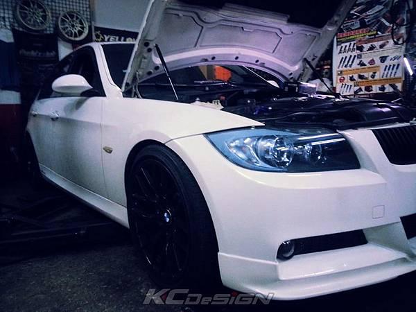 BMW N54 335 安裝 KC.TBS_02.jpg