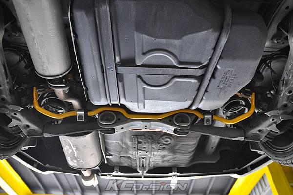 Honda Civic 9 安裝 KCDesign 後21mm 可調防傾稈_03.jpg