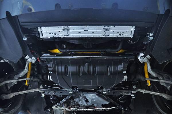 BMW F34 335GT 安裝 KCDesign 前28後21 兩段可調防傾稈_01.jpg
