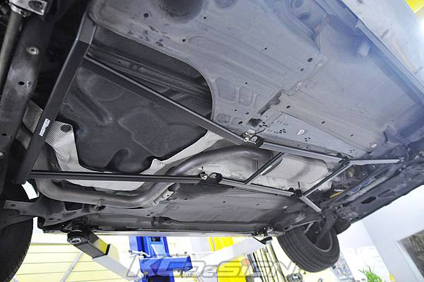 Volvo XC60 安裝 KCDesign 前下、中下、後下井字結構桿_007.jpg