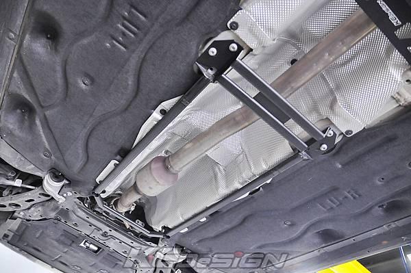 BMW F45 2AT 升級 KCDesign 底盤結構桿_004.jpg