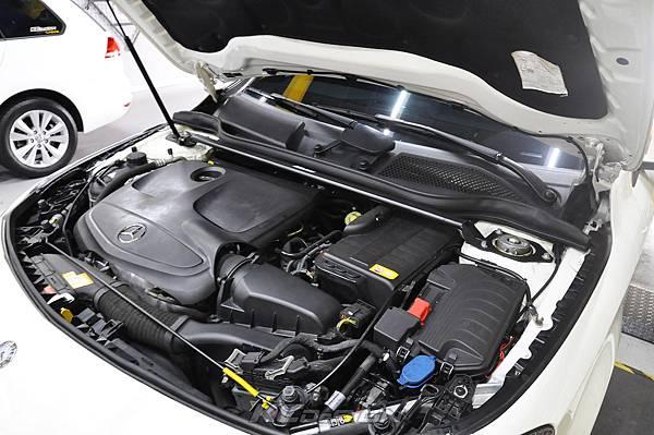 M-Benz CLA250 升級 KCDesign 引擎室拉桿、前下4點、後下4點拉桿_007.jpg