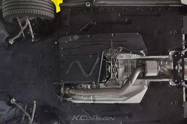 BMW F30 330 Lci 安裝 KCDesign 全車底盤結構桿_008.jpg