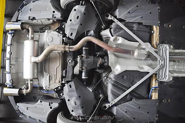BMW F36 420GC 安裝 KCDesign 前下二點拉桿、後下二點拉桿_001.jpg