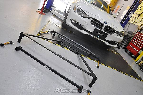 BMW F30 328i 升級 全車底盤結構桿、前後李子串_004.jpg