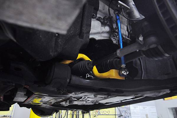 Volvo V60 T5 RD 升級 KCDesign 前防傾桿、李子串、渦輪管_005.jpg