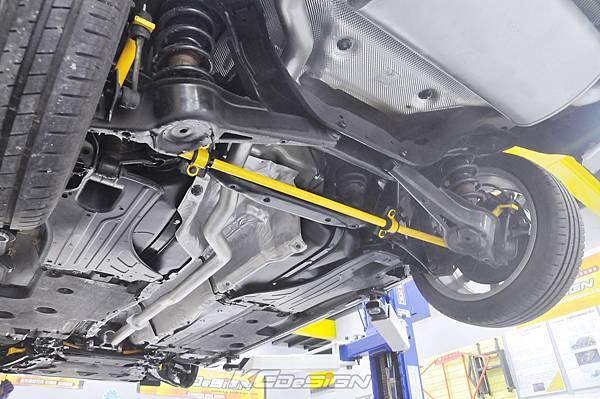 Volvo V60 D4 安裝 KCDesign 前後防傾桿+前李子串_009.jpg