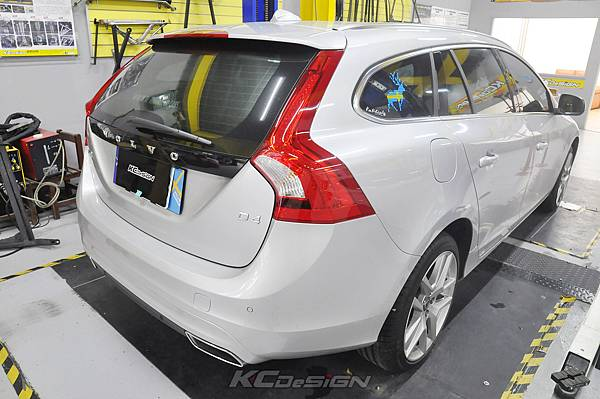 Volvo V60 D4 安裝 KCDesign 前後防傾桿+前李子串_019.jpg