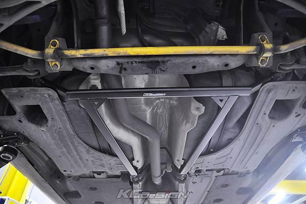 Volvo V60 T5 升級 KCDesign 渦輪管、前防傾、李子串_011.jpg