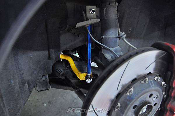 Volvo V60 T5 升級 KCDesign 渦輪管、前防傾、李子串_003.jpg