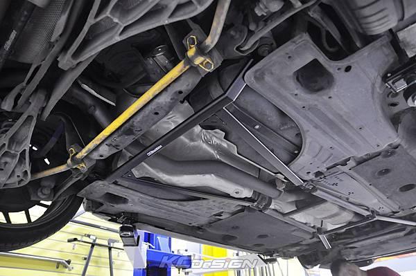 Volvo V60 T5 升級 KCDesign 渦輪管、前防傾、李子串_006.jpg