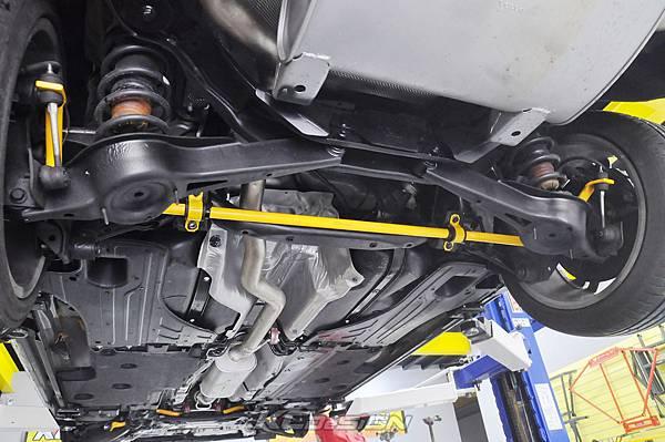 Volvo V60 T5 RD 安裝 KCDesign 前後防傾桿_005.jpg