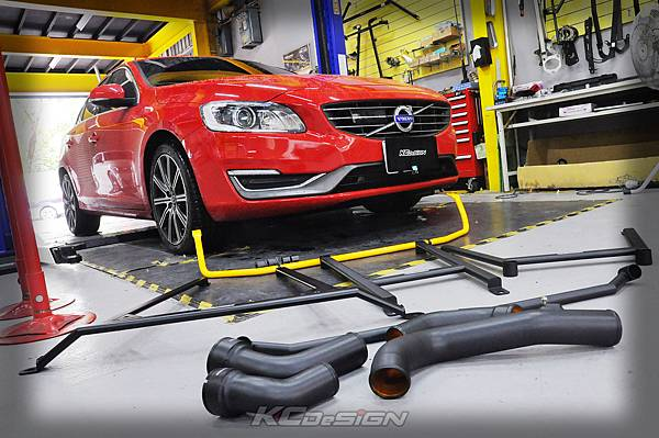 Volvo V60 D4 安裝 KCDesign 全車結構桿(五件)、後防傾、渦輪管_003.jpg