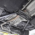 BMW F20 118i 更換 KCDesign 鋁合金進氣防爆管、後下4點式結構桿_006.jpg