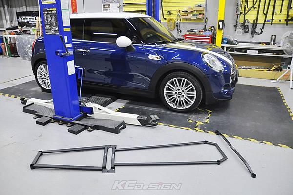 Mini F56 Cooper S 安裝 KCDesign 底盤三件式結構桿_008.jpg