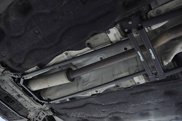 Mini F56 Cooper S 安裝 KCDesign 底盤三件式結構桿_029.jpg