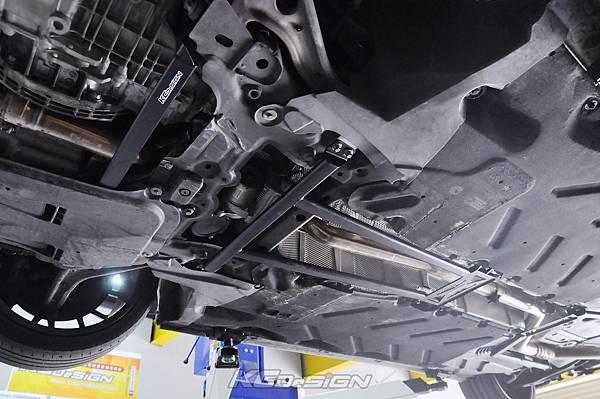 M-Benz CLA250 安裝 KCDesign 前下二點、前下北點式結構桿(撞壞更換)_020.jpg