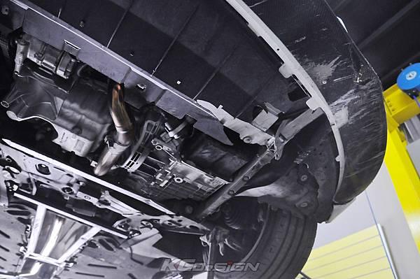 M-Benz CLA250 安裝 KCDesign 前下二點、前下北點式結構桿(撞壞更換)_008.jpg