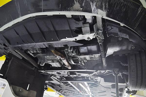 M-Benz CLA250 安裝 KCDesign 前下二點、前下北點式結構桿(撞壞更換)_009.jpg