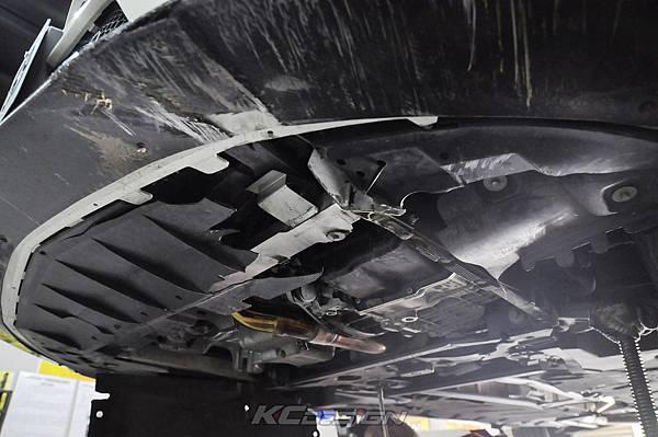 M-Benz CLA250 安裝 KCDesign 前下二點、前下北點式結構桿(撞壞更換)_012.jpg