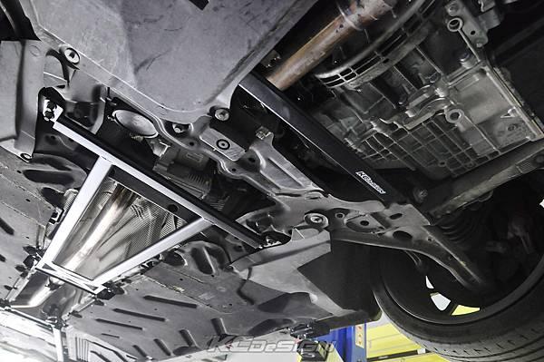 M-Benz CLA250 安裝 KCDesign 前下二點、前下北點式結構桿(撞壞更換)_014.jpg