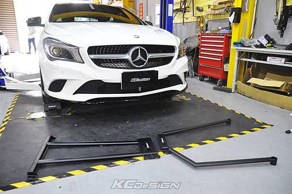 M-Benz CLA200 安裝 KCDesign 前後4點式結構桿(需修改下護板)_001.jpg