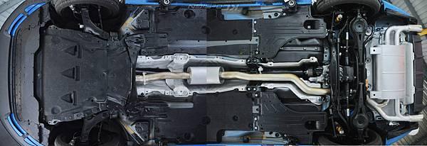Volvo V60 Polestar 18年式 安裝 KCDesign 前後4點式結構桿、後防傾桿、T6 鋁合金渦輪管_094.jpg
