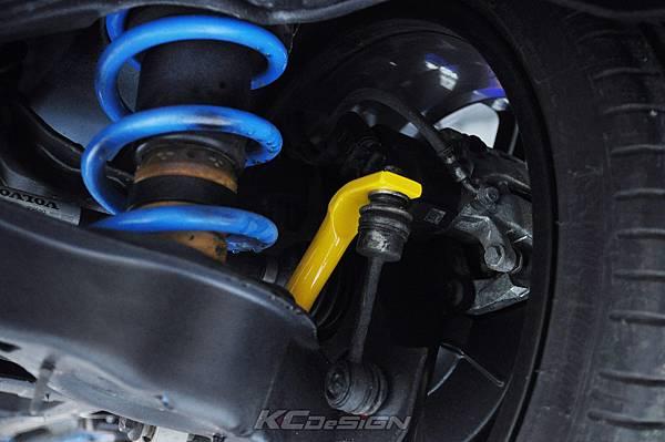Volvo V60 Polestar 18年式 安裝 KCDesign 前後4點式結構桿、後防傾桿、T6 鋁合金渦輪管_014.jpg