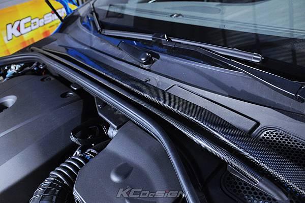 Volvo V60 Polestar 18年式 安裝 KCDesign 前後4點式結構桿、後防傾桿、T6 鋁合金渦輪管_051.jpg