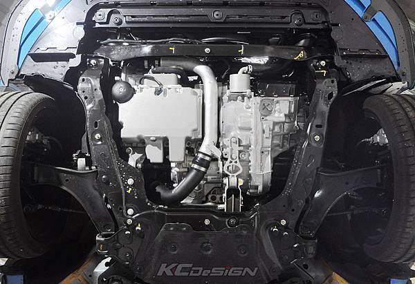 Volvo V60 Polestar 18年式 安裝 KCDesign 前後4點式結構桿、後防傾桿、T6 鋁合金渦輪管_044.jpg