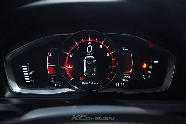 Volvo V60 Polestar 18年式 安裝 KCDesign 前後4點式結構桿、後防傾桿、T6 鋁合金渦輪管_069.jpg