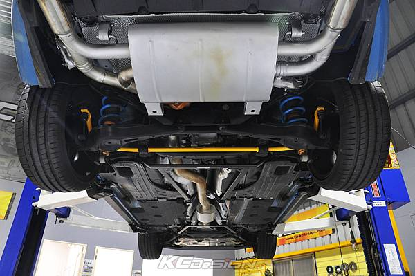 Volvo V60 Polestar 18年式 安裝 KCDesign 前後4點式結構桿、後防傾桿、T6 鋁合金渦輪管_088.jpg