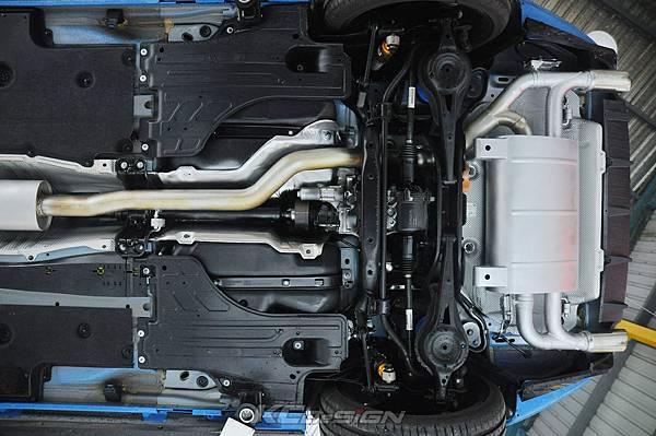 Volvo V60 Polestar 18年式 安裝 KCDesign 前後4點式結構桿、後防傾桿、T6 鋁合金渦輪管_003.jpg