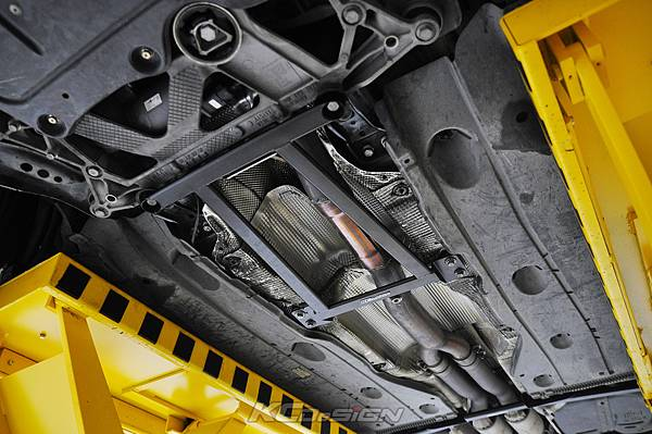 Audi RS3 8V 安裝 KCDesign 引擎拉桿、前後4點拉桿、後下2點拉桿_027.jpg