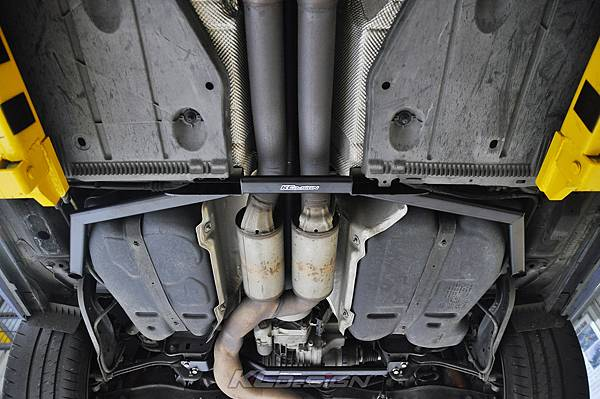 Audi RS3 8V 安裝 KCDesign 引擎拉桿、前後4點拉桿、後下2點拉桿_028.jpg