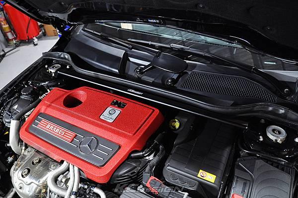 M-Benz Brabus CLA45 安裝 KCDesign 引擎、前二、後4點拉桿、後行李箱拉桿_026.jpg