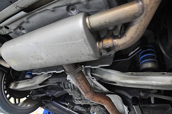 M-Benz Brabus CLA45 安裝 KCDesign 引擎、前二、後4點拉桿、後行李箱拉桿_052.jpg
