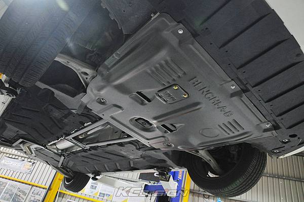 M-Benz CLA250 安裝 KCDesign 全車底盤結構桿、鋁合金引擎下護板_005.jpg