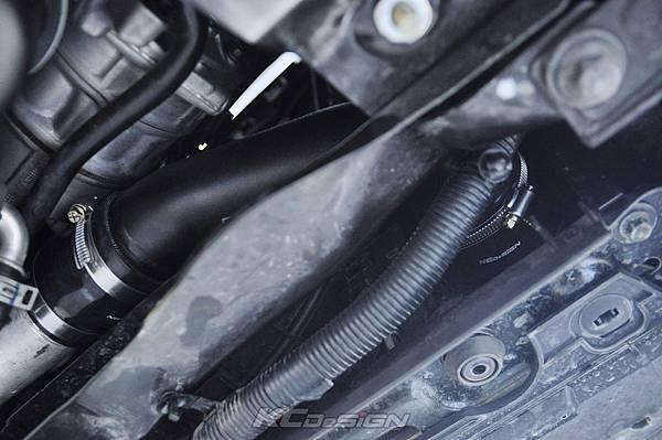 Volvo XC60 T5 8速 升速 KCDesign 鋁合金渦輪管、引擎室拉桿_005.jpg