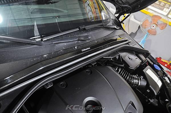 Volvo V60 T6 安裝 KCDesign 前後4點式結構桿、碳纖維引擎室拉桿_019.jpg