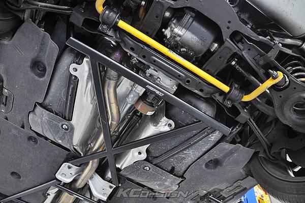Volvo V40CC AWD 安裝 KCDesign 前後4點式結構桿_006.jpg