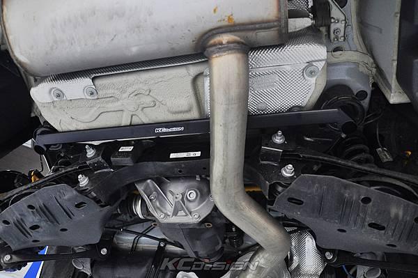 BMW F22 M235i 安裝 KCDesign 前後防傾桿、全車結構桿 x2_023.jpg
