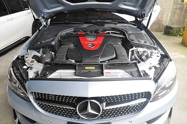 M-Benz C43 測試 KCDesign 引擎拉桿、前下4點、後下4點式結構桿(2板和3板)、後下二點式結構桿、後上拉桿_005.jpg