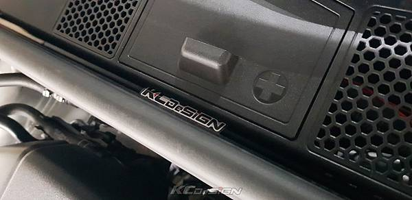 Audi A4 B8.5 升級 KCDesign 前下4點式結構桿、引擎室拉桿_019.jpg