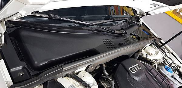 Audi A4 B8.5 升級 KCDesign 前下4點式結構桿、引擎室拉桿_012.jpg