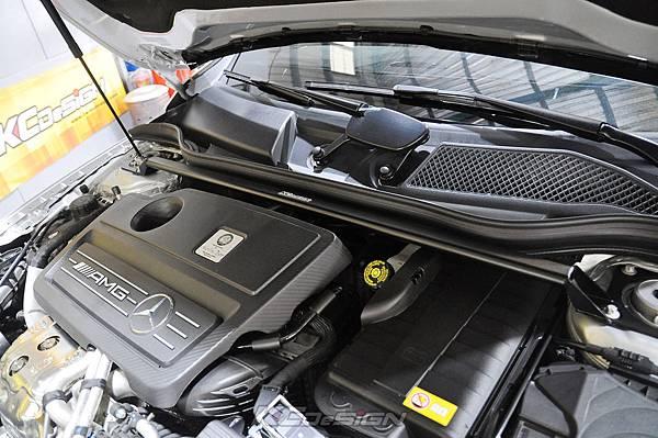 M-Benz GLA45 安裝 KCDesign 全車底盤結構桿(五件式)_010.jpg